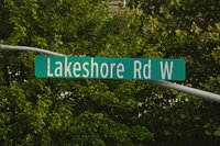 Sign - Lakeshore Rd W