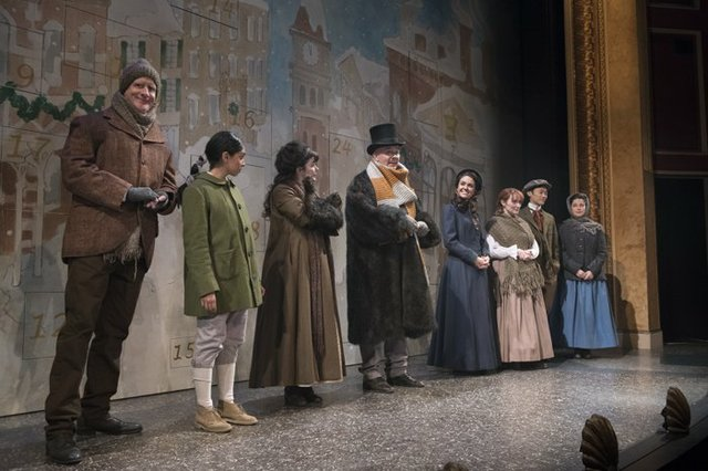 Review of the Shaw Festival's new holiday show A CHRISTMAS CAROL, now playing until December 23rd, 2017.