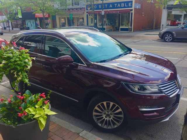 Attempted Carjacker, 2017 Lincoln MKC, Car Review, Oakville, Ontario, June 2017
