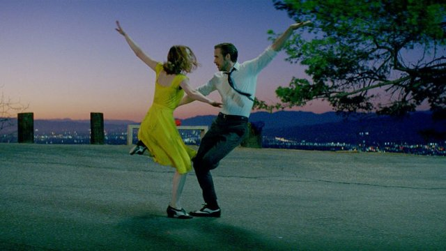 Movie Review for the excellent new movie musical epic LA LA LAND, opening in Oakville theatres December 25th 2016.