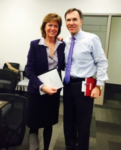 Pam was pleased to present Oakville North-Burlington's priorities for the budget to Finance Minister Bill Morneau this morning in Ottawa.