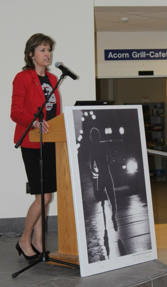 Pam Damoff speaking at Terry Fox Kick Off