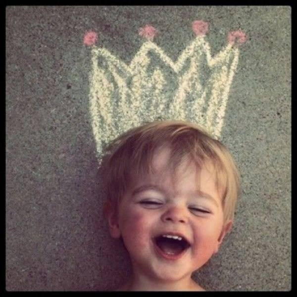 Child with a drawn crown