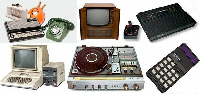 Assortment of 1970 Electronics