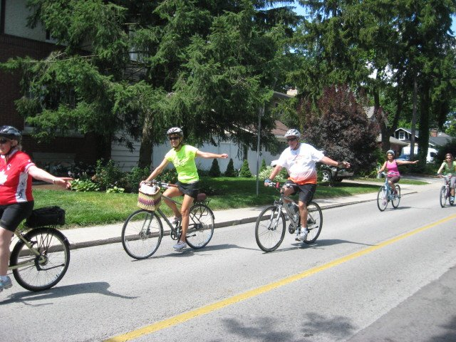 Cycle Oakville, Oakville News, Pam Damoff