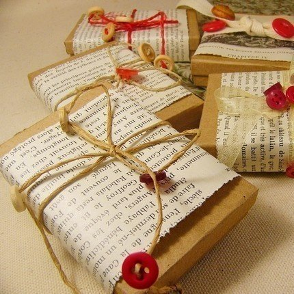 Gift Wrapped Packages: Oakville News