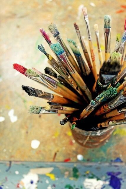 Artist Brushes; Oakville News